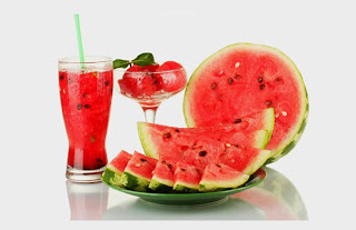 Semangka merupakan jens buah yang basah dan dagingnya berwarna merah 22 Manfaat Buah Semangka Untuk Kesehatan