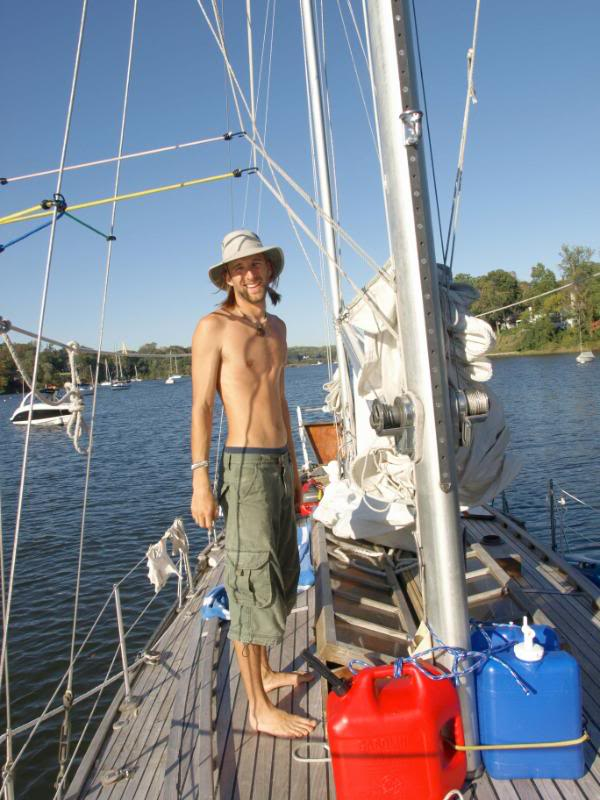 Hobo Sailor: The truth about living on a Sailboat