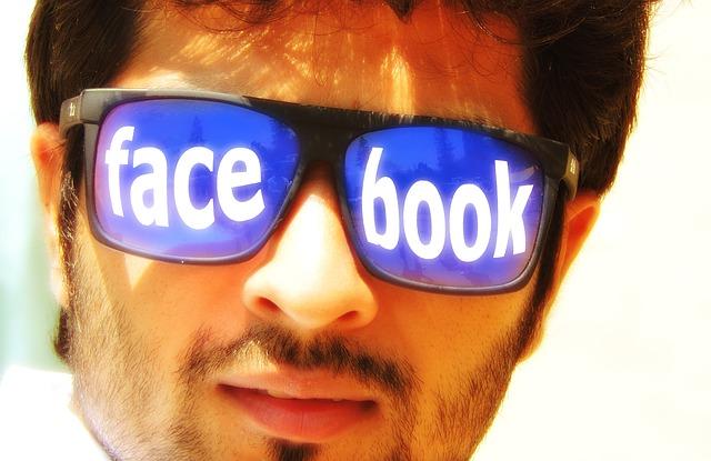 Haz tu Portada de Facebook con Frases y Fondos