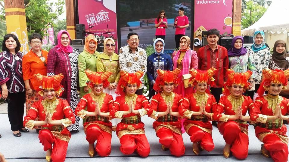 Nurul Sufitri S Blog Festival Kuliner Nusantara 2017 Hadirkan