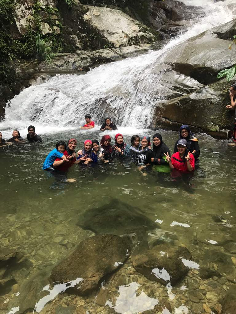 Bercanda Dengan Alam Eksplorasi Air Terjun Sungai Lepoh