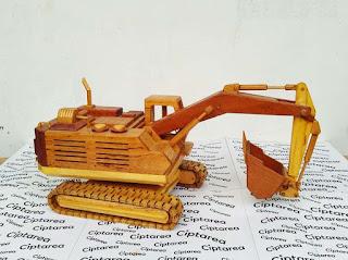 Wooden Miniature Komatsu Excavator
