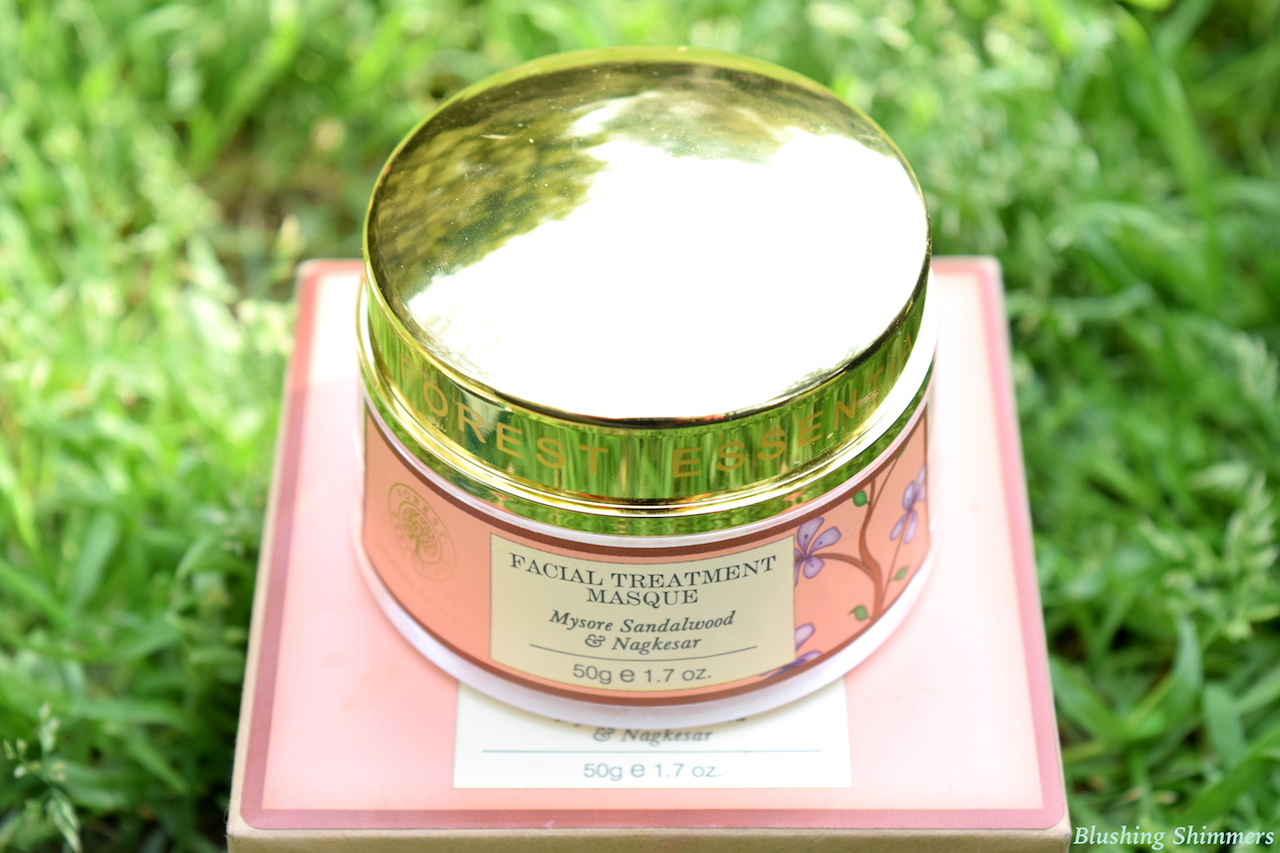 Forest Essentials Facial Treatment Masque - Mysore Sandalwood & Nagkesar