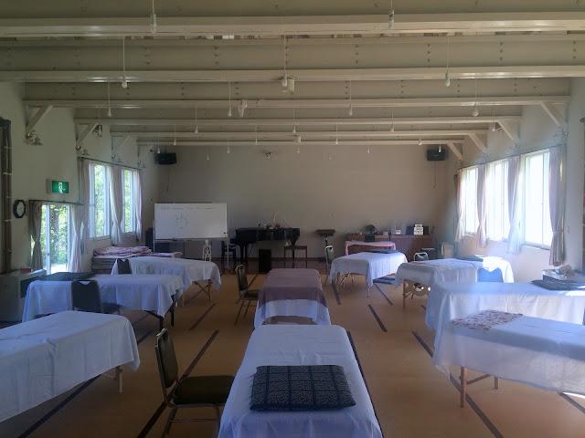静かなセッションルームの写真