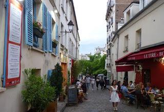 París, barrio de Montmartre. Aledaños de la Place du Tertre o Plaza de los Pintores.