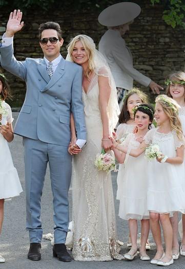27b7e6603d25 Hon skulle ju gifta sig i en klänning av Galliano - så hur blev den?