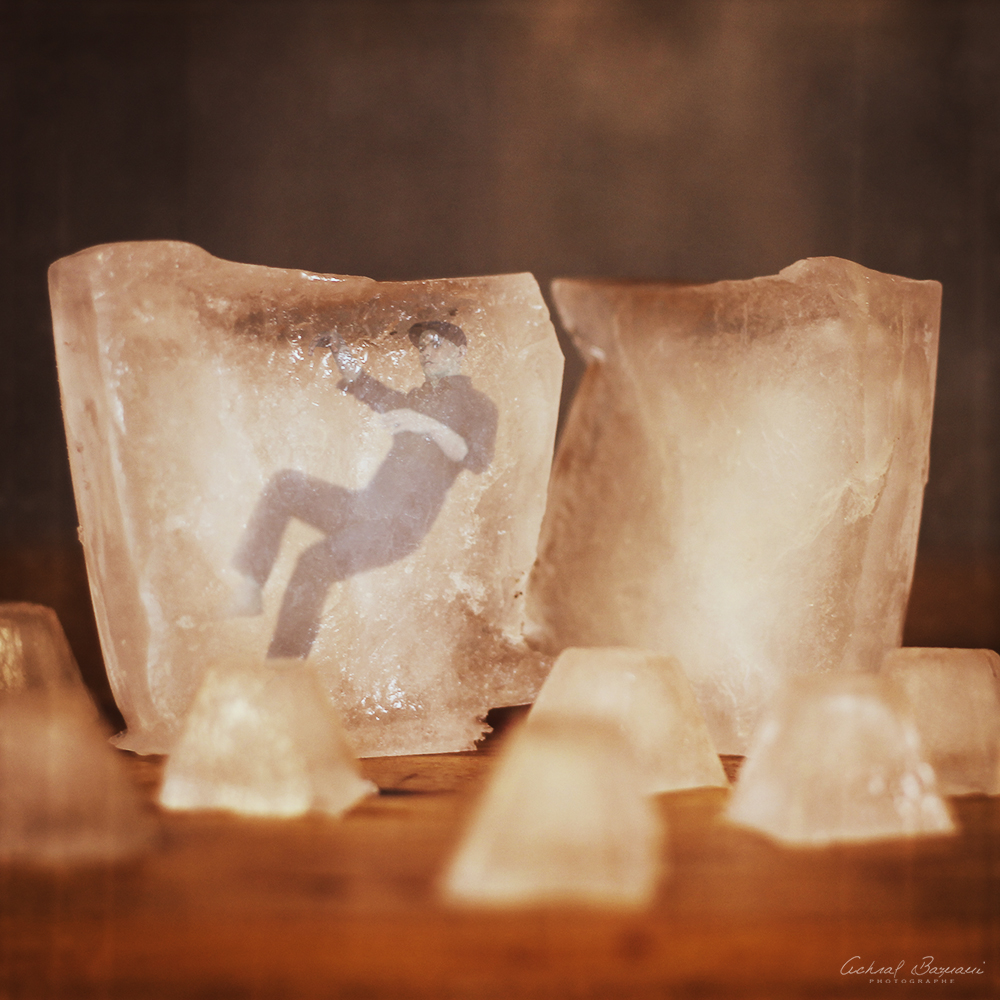 20-Ice-age-Achraf-Baznani-Surreal-Digital-Worlds-ready-to-Explore-www-designstack-co