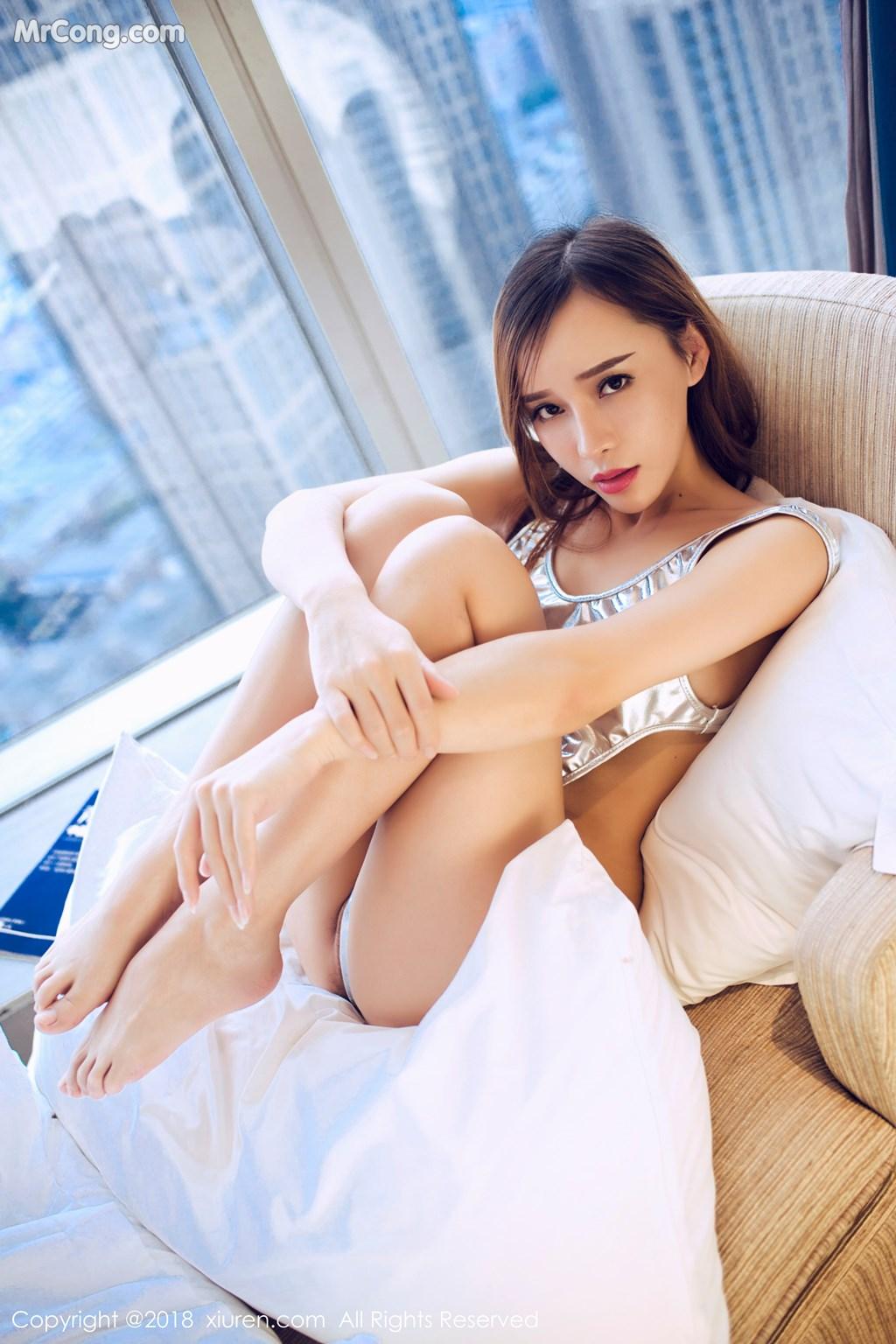 Image XIUREN-No.946-Ai-Xiao-Qing-MrCong.com-019 in post XIUREN No.946: Người mẫu Ai Xiao Qing (艾小青) (46 ảnh)
