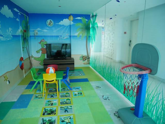Playground Harris Hotel Raya Kuta