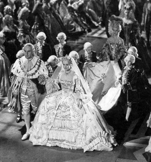 Reading Treasure: Marie Antoinette (1938) Costumes: Marie