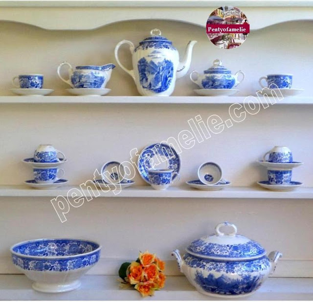 hard to find vintage white and blue villeroy boch dinnerware tea set collection