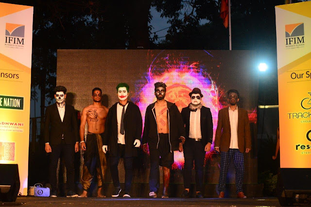 'Negative' themed ramp walk by students