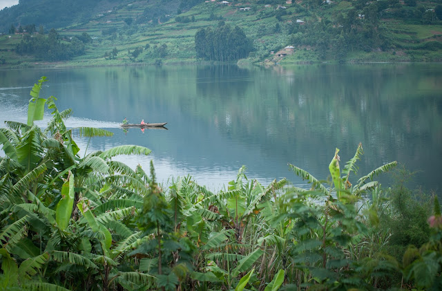 Canoeing on Lake Bunyonyi, Uganda
