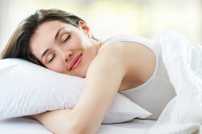 5 Pola Makanan Yang Membantu Agar Tidur Nyenyak