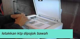 Fotocopy KTP sejajar