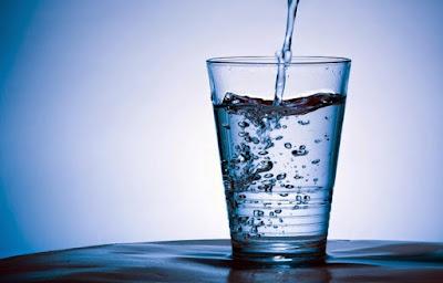 Cara Minum Air 8 gelas Sehari Di Bulan Ramadhan
