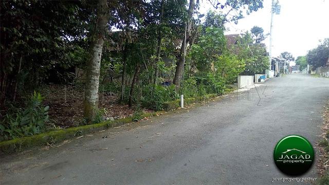 Tanah jalan Kaliurang Km 11 Sleman