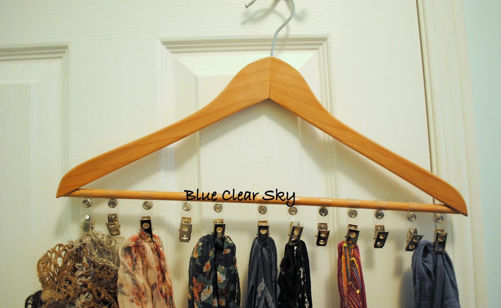 Rustic Maple: Hanger Scarf Organizer
