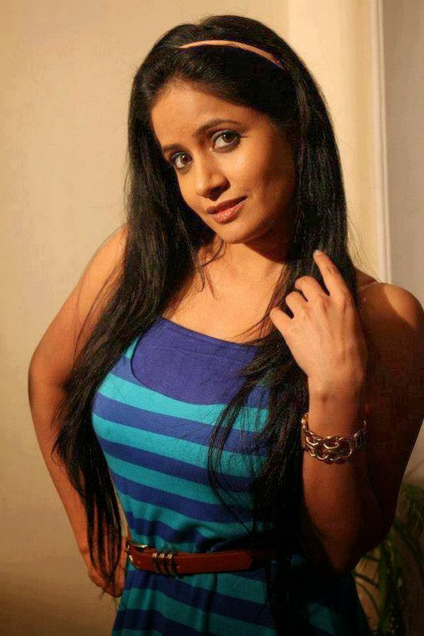 miss pooja juicy pusy