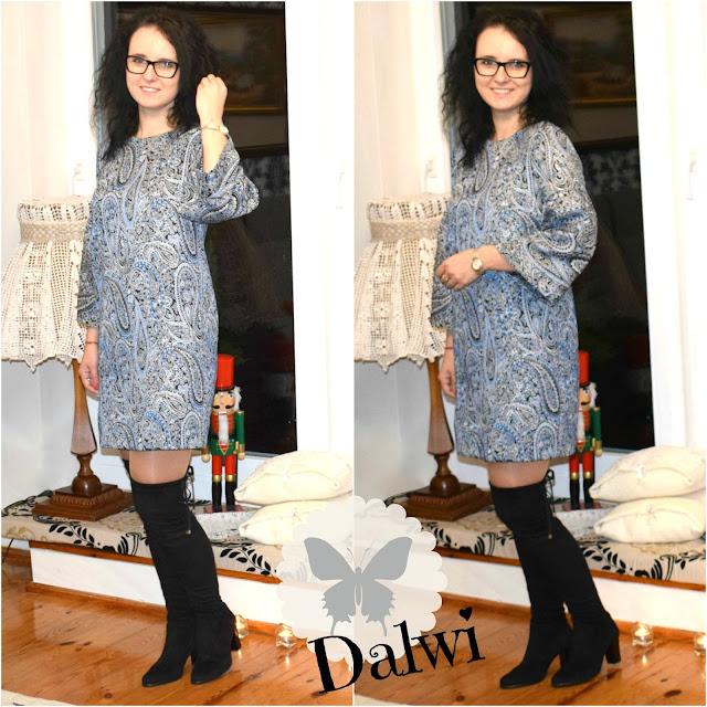 Sukienka z poszerzanymi rękawami uszyta z żakardu w ślimaki :)