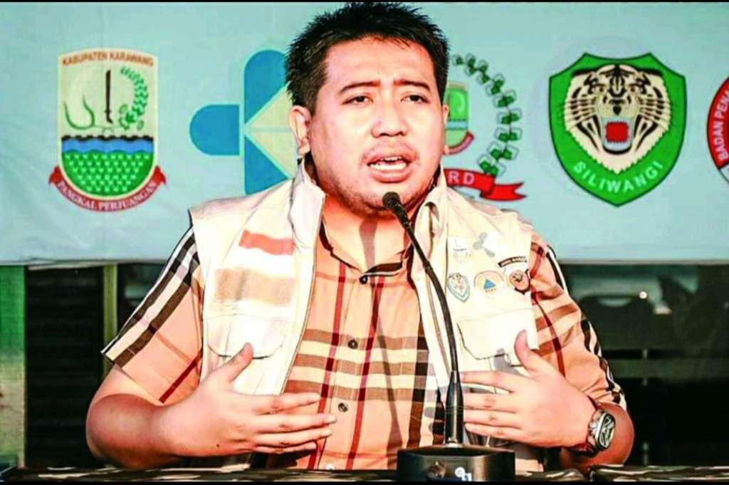 Bupati Karawang menerbitkan Peraturan Bupati (Perbup) Nomor 41 Tahun 2020 tentang Pembatasan Sosial Berskala Besar (PSBB) Proporsional dan Adaptasi Kebiasaan Baru (AKB), untuk pencegahan dan pengendalian Covid-19 di wilayah Kabupaten Karawang