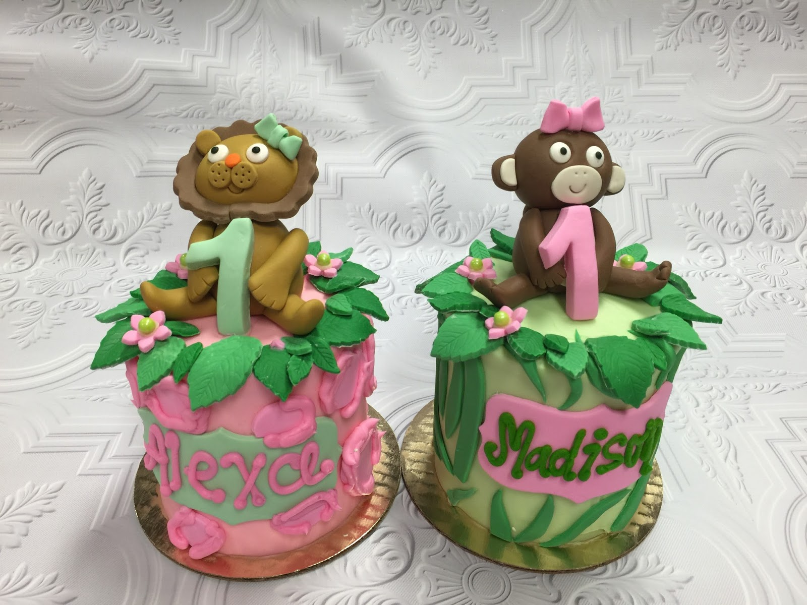 Owner And Cake Artist : Leah s Sweet Treats: Custom Cakes at Leah s Sweet Treats ...