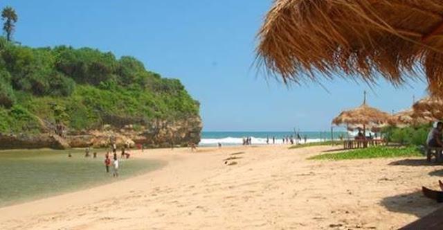 Pantai Drini Gunung Kidul Yogyakarta