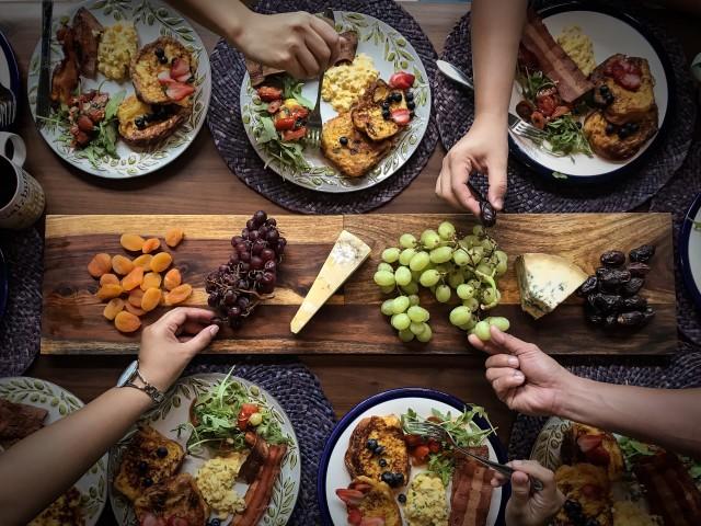 النظام الغذائي والعادات الصحية للمراهقين النظام الغذائي المتوازن للمراهقين