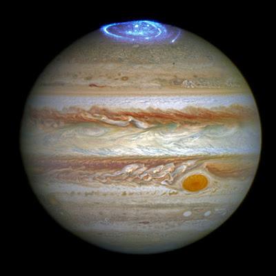 Kính Hubble chụp hình cực quang trên khí quyển của Sao Mộc. Credit: NASA, ESA, and J. Nichols (University of Leicester).