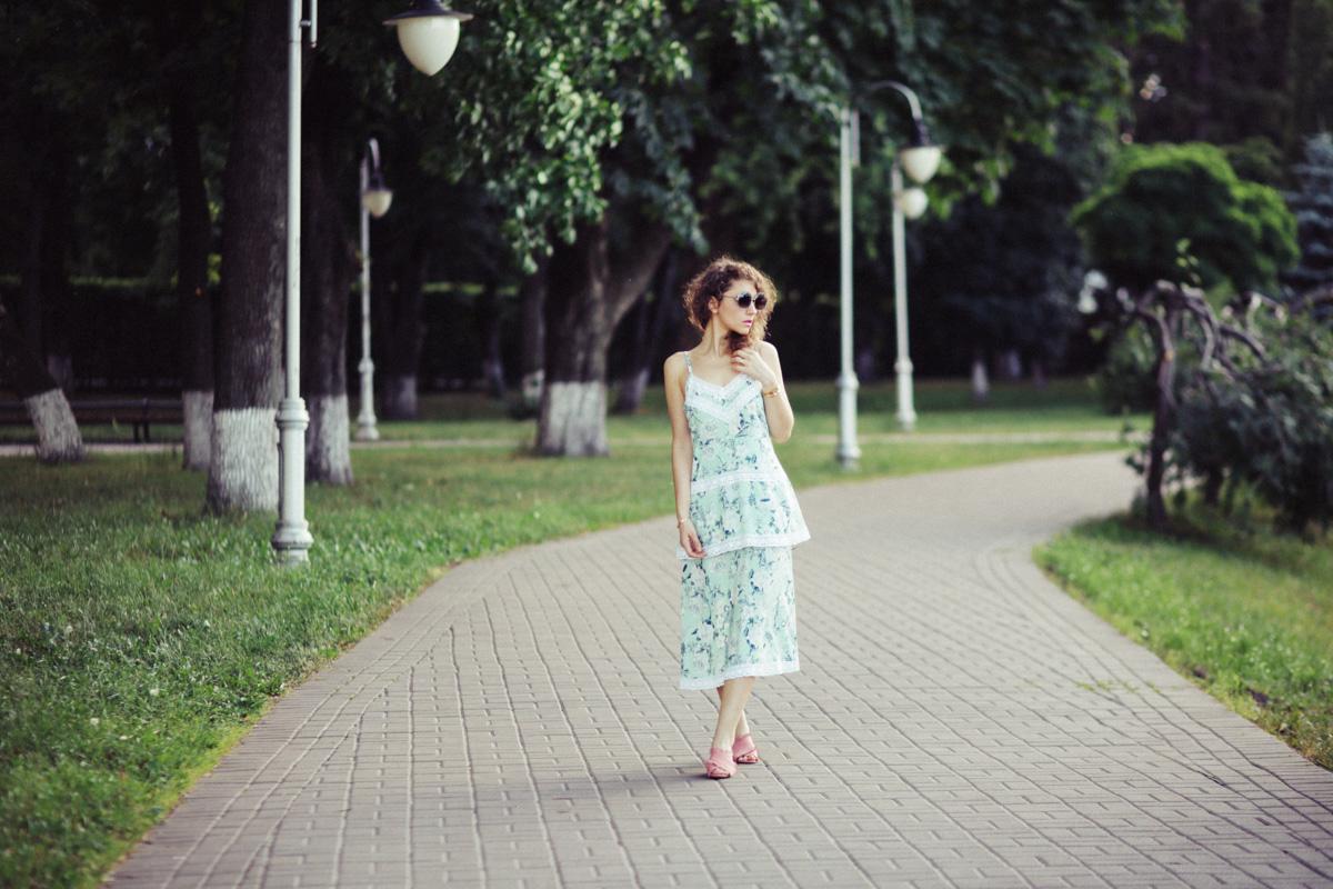 с чем носить платье летом