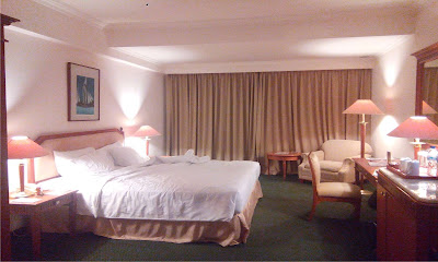 Kamar Tidur Twin Bed Hotel Aryaduta Makassar