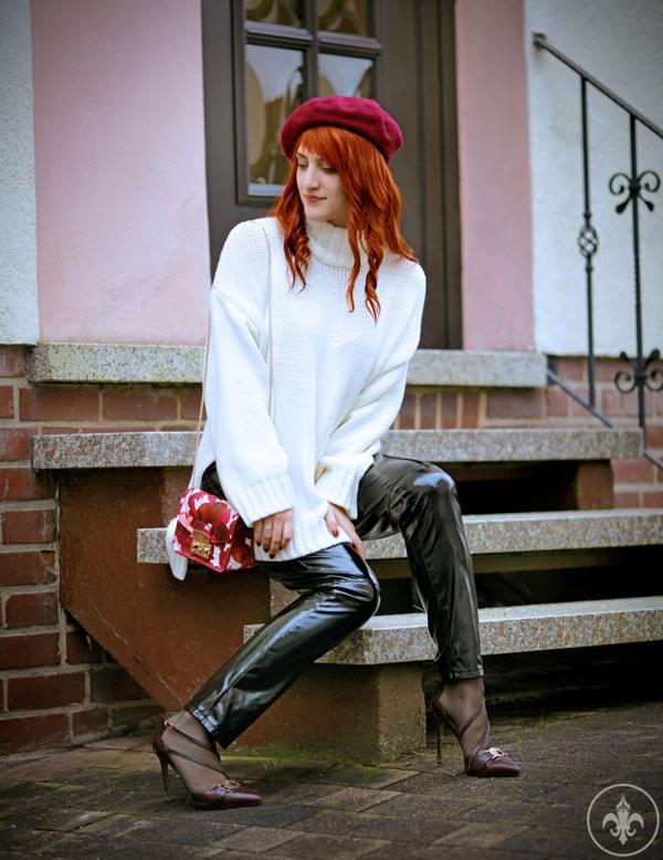 Et Omnia Vanitas Outfit Lackleggings