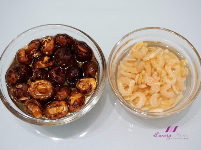 chinese flower mushrooms dried shrimps hebe