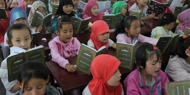 Karena Takut Islam Semakin Berkembang, China Larang Pembacaan Al Qur'an Di Sekolah-Sekolah