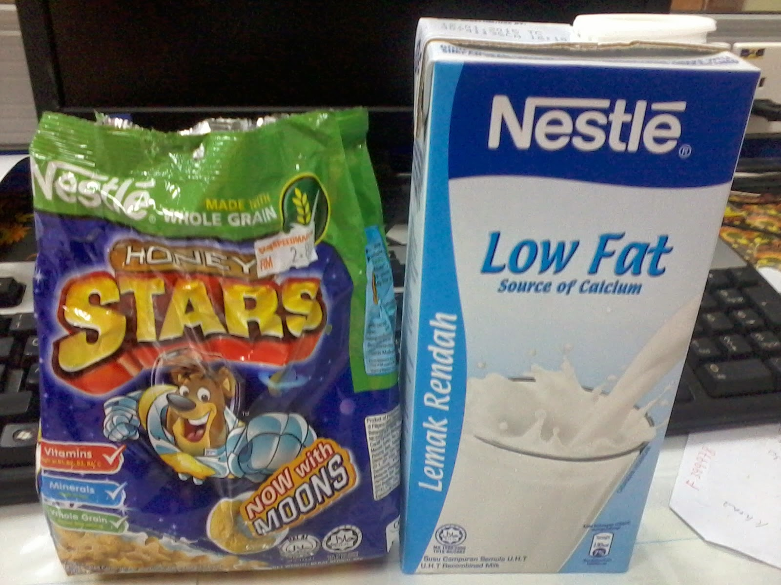 Sarapan Honey Star dan Susu Low Fat...