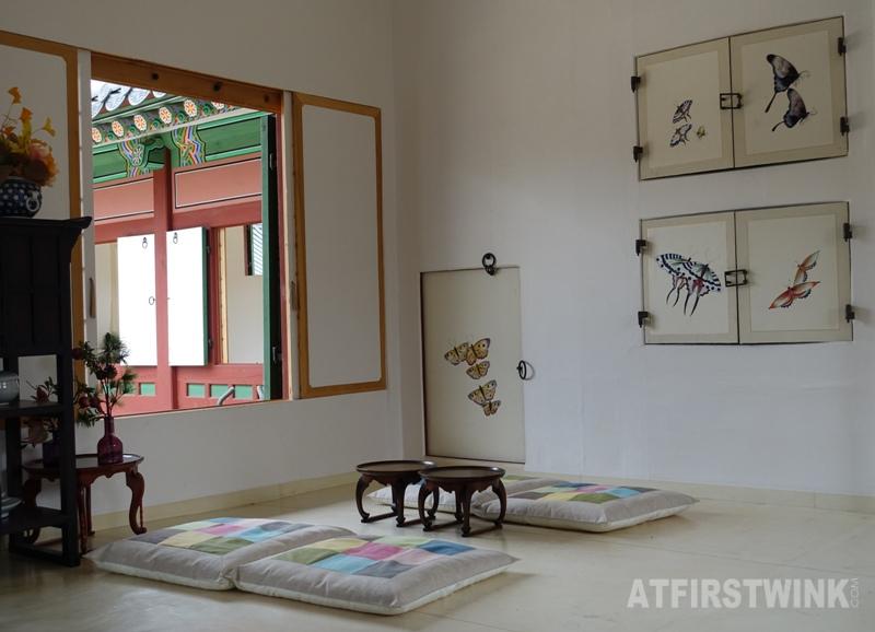 Saenggwabang in Gyeongbokgung palace room decorations