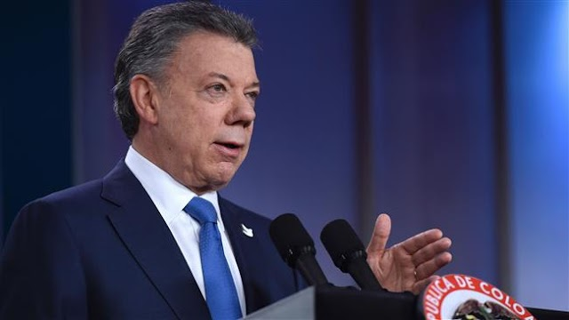 Colombia's president Juan Manuel Santos extends ceasefire with FARC rebels