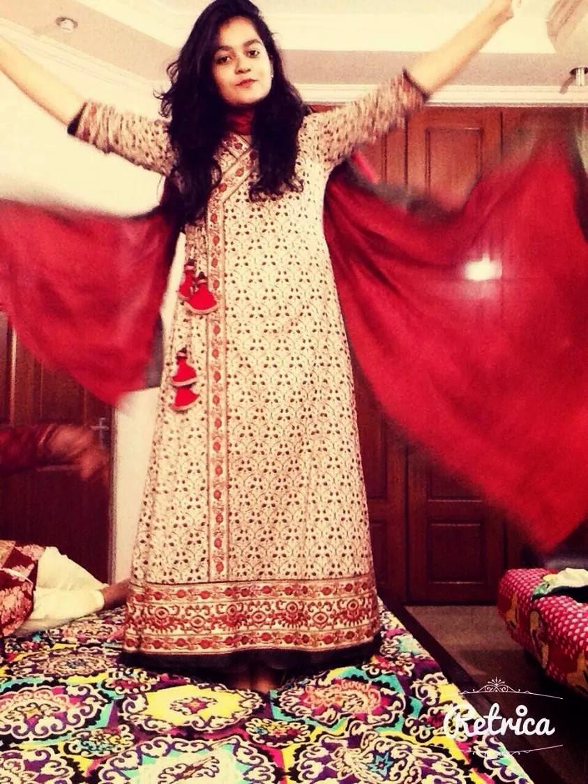 Desi Pakistani Hot Sexy College Girls Photos - Beautiful -8870