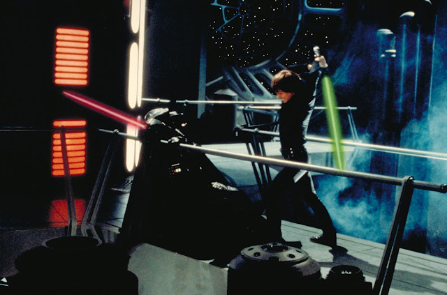 luke attacks vader jedi