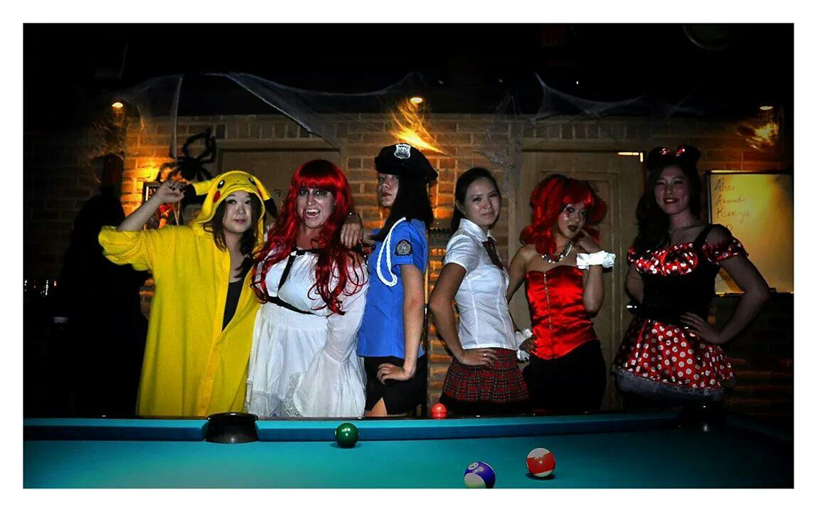 Хэллоуин, хелловин, хеловин, хэлоин, победа, Харли Квинн, харли квин, красные колготки, манжеты, красный парик, вечеринка