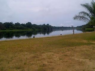 Un village proche de l'axe Oyo-Edou