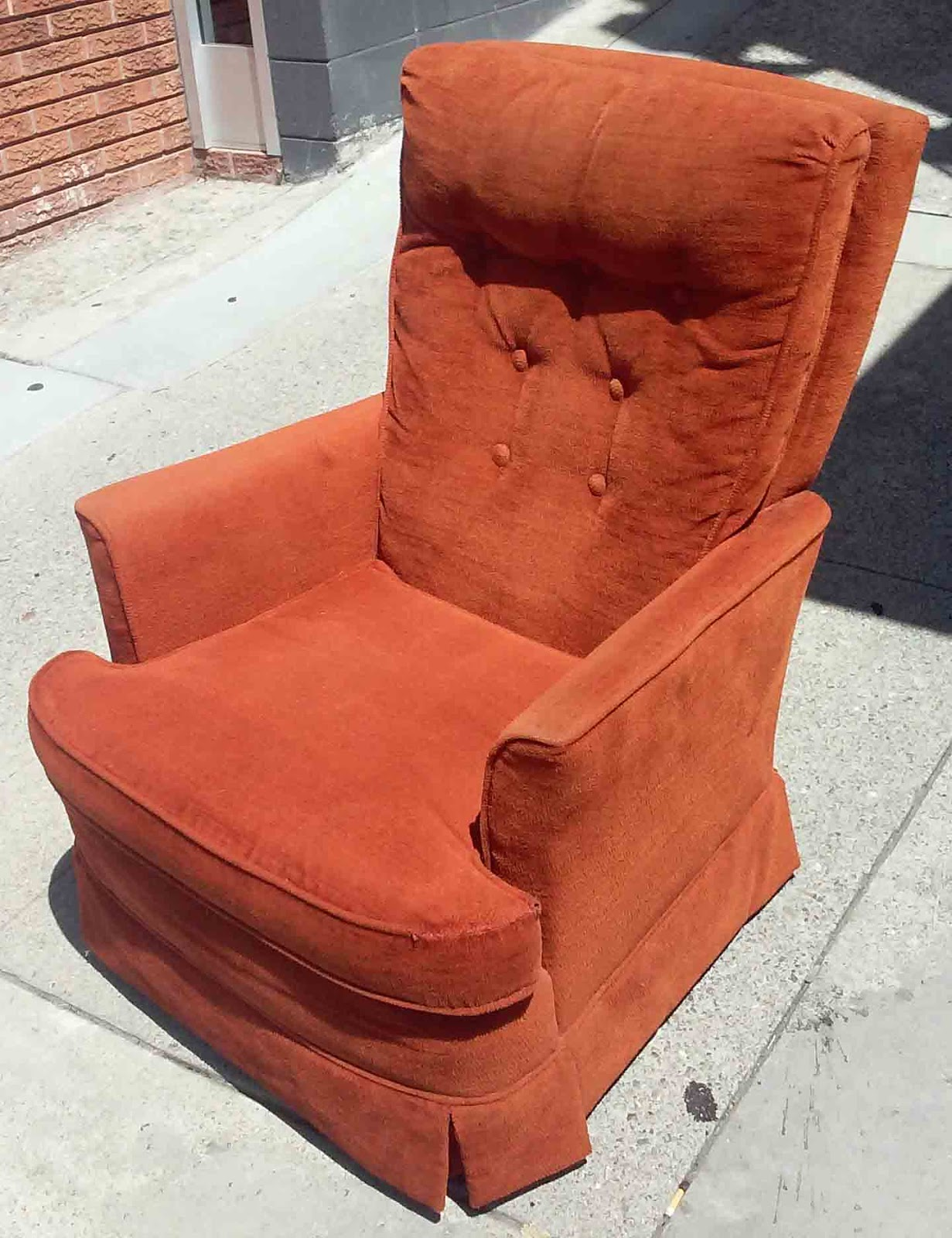 Uhuru Furniture Amp Collectibles Sold Rust Colored Chair