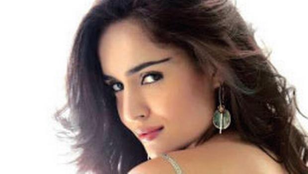 Nathalia Kaur HD Wallpapers Free Download