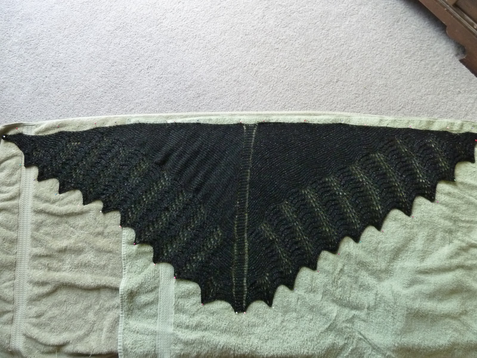 The Simple Life of a Queen: Shawl Pictures