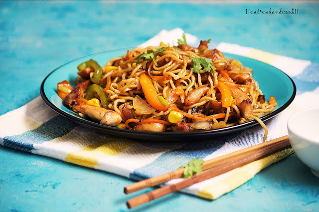 how to make Chicken Chow Mein recipe and preparation / chinese stir fried noodles recipe and preparation