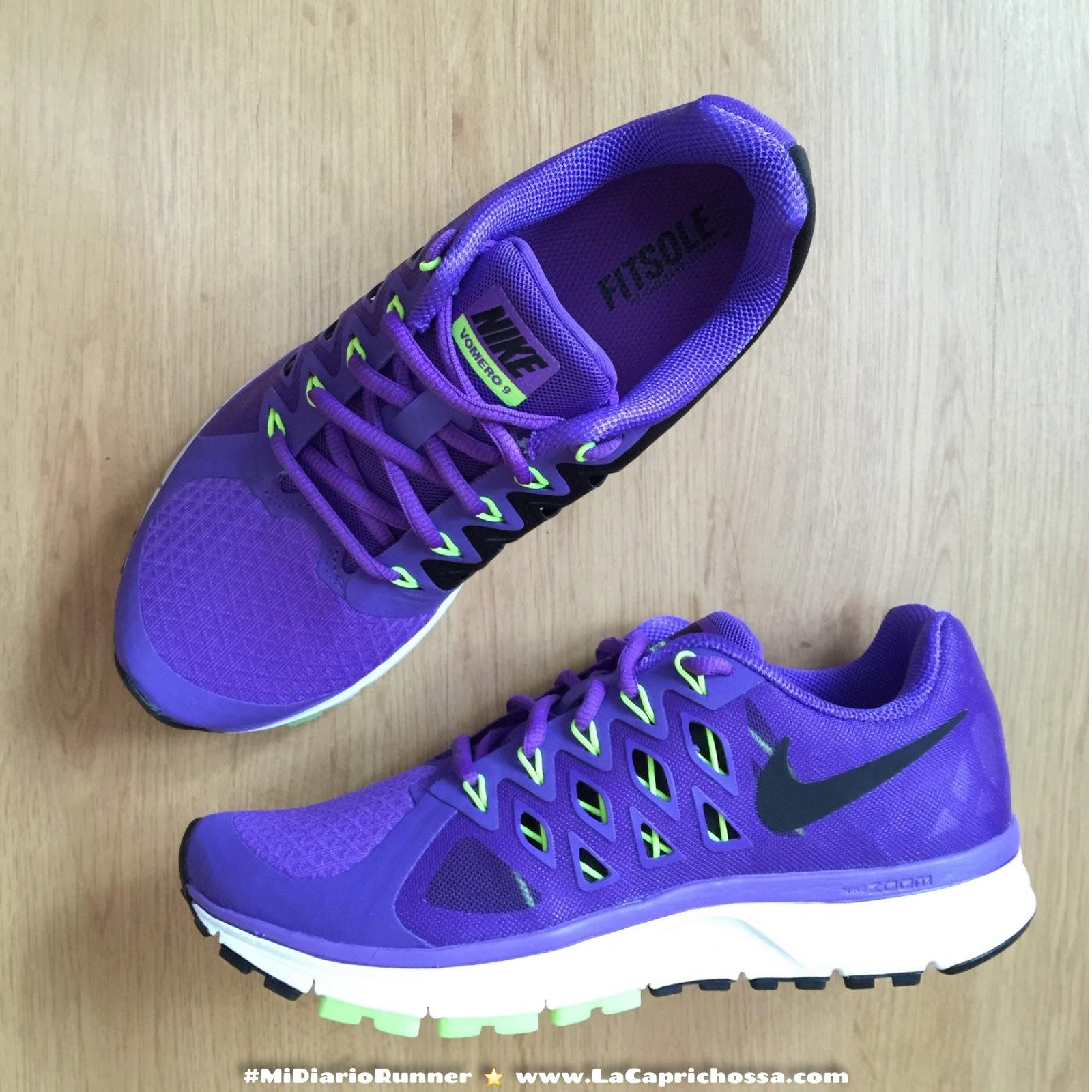 Nike Vomero Running Shoes Bath