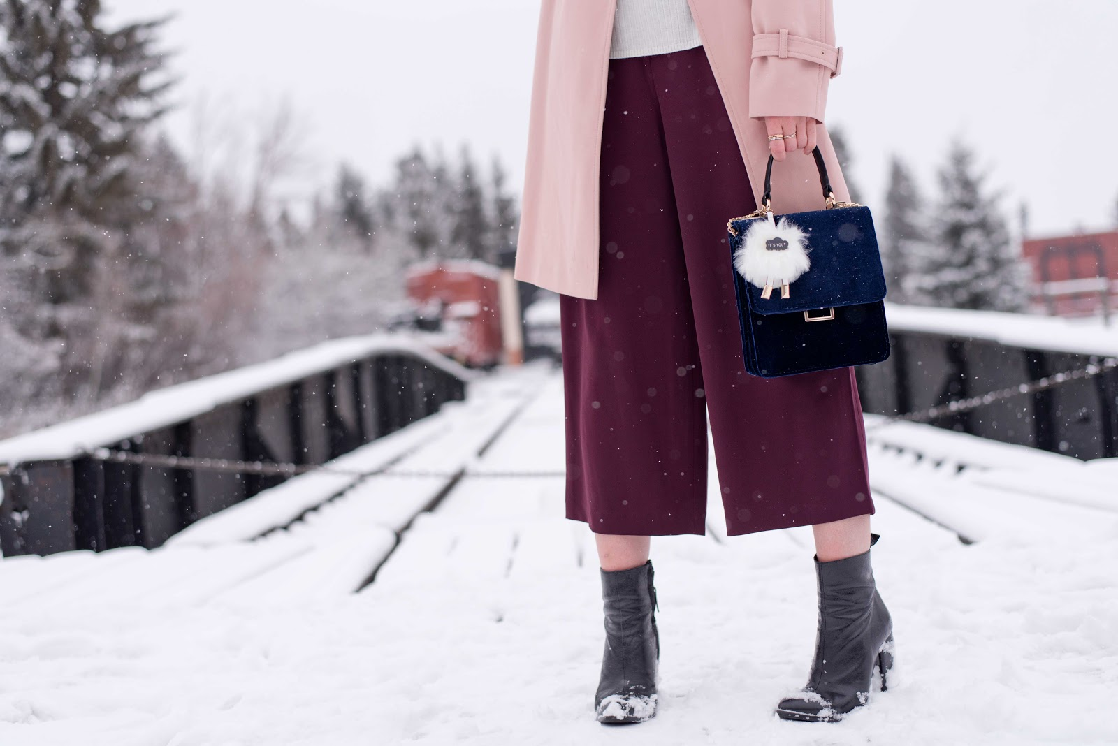 Topshop trench, blush coat, winter fashion, pantone rose quartz, culottes, velvet bag