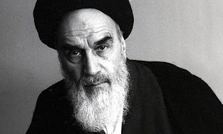 Bejat! Imam Syiah Ali Al Khumeini Berfatwa Bolehnya Nonton Film Po*no