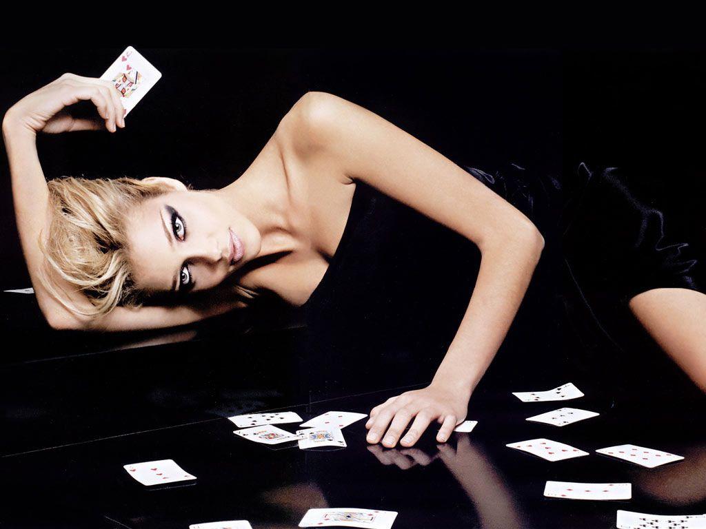 Sexy Girl Poker