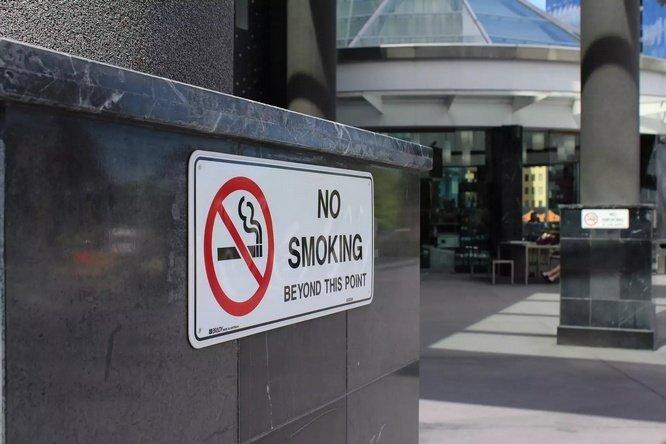 Sudah umum diketahui bahwa merokok menawarkan dampak 10 Bahaya Merokok (Penyakit Mematikan Akibat Rokok)